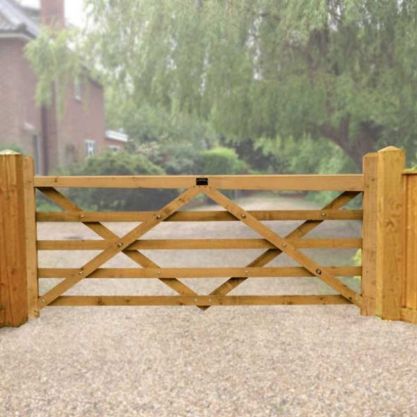 2.4 Metre Diamond Braced Planed Oak Field Gate