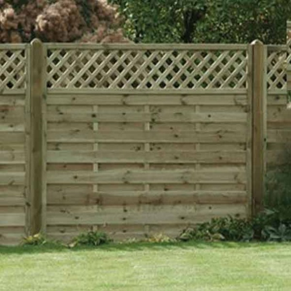 Horizontal Lattice Top Fence Panel 1800mm x 1500mm